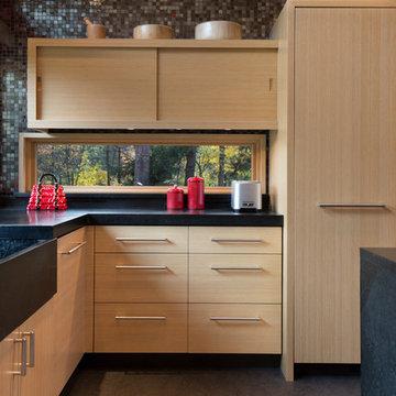Kitchen with horizontal window