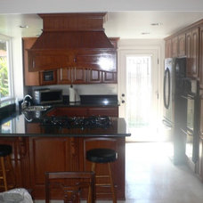 Traditional Kitchen by BMV Construction