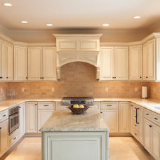 kitchen by The Woodshop Inc.