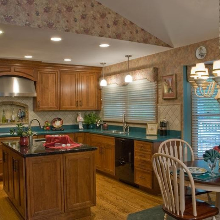 Southwest St. Louis Traditional Kitchen Remodel