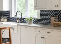 Can you please share the countertop material and color?