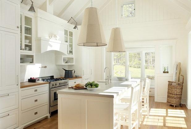 Beach Style Kitchen by ZeroEnergy Design
