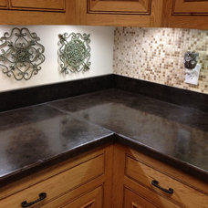 Traditional Kitchen by Pearidge Concrete and Crafts