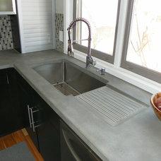 Modern Kitchen by ConcretePete LLC