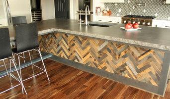 Concrete rock edge island countertop