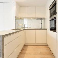 Contemporary Kitchen by Fluid Stone Studio