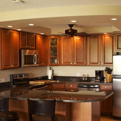 tropical kitchen by Maui Extreme Makeovers LLC