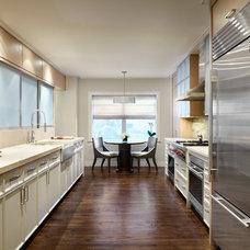 Modern Kitchen by Morgante Wilson Architects