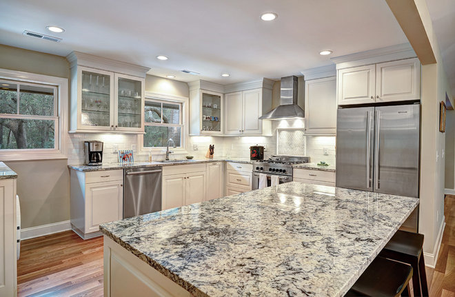 Transitional Kitchen by Harper Construction Inc.