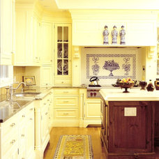 Traditional Kitchen by Holzman Interiors, Inc.