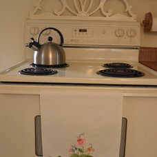 Traditional Kitchen by Connie Nikiforoff Designs