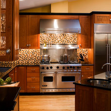 Contemporary Kitchen by Kitchens by Request