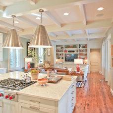 Traditional Kitchen by J Wilson Fuqua & Assoc. Architects