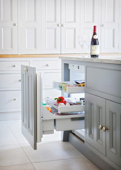 Contemporaneo Cucina by Hill Farm Furniture Ltd