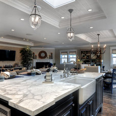 Traditional Kitchen by JDL Construction