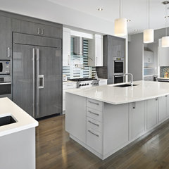 contemporary kitchen by Cucina Bella Ltd. - Rebecca Gagne CKD
