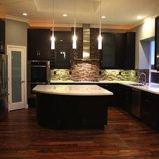 Modern Kitchen by Cucina di Cannelora