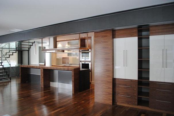 Contemporary Kitchen by Ébénisterie Louiseville