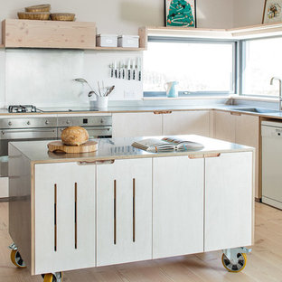 Contemporary Eco Kitchen in the Cotswolds