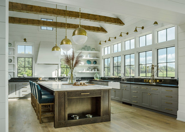 Farmhouse Kitchen by Roundtree Construction