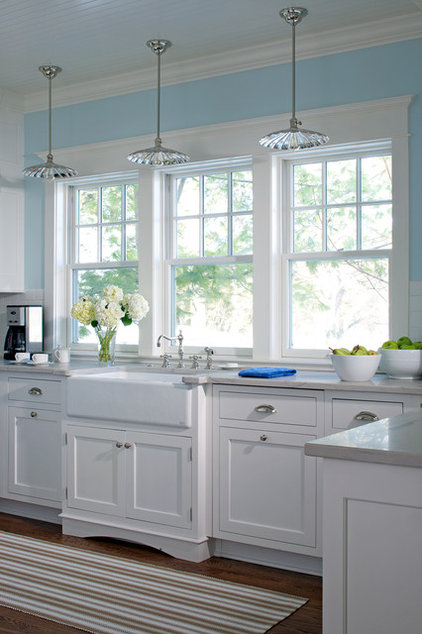 How to stage your kitchen for a home sale for Kitchen windows for sale