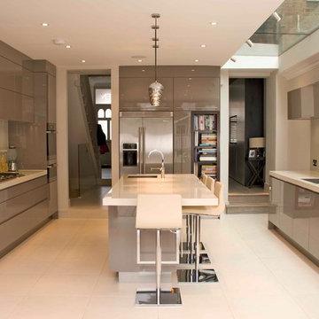 Contemporary Grey Gloss Kitchen