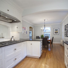 traditional kitchen countertops by cynthia murphy