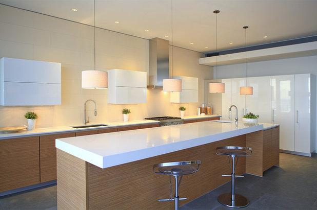 Contemporary Kitchen by abodwell Internal design- Brittney Fischbeck