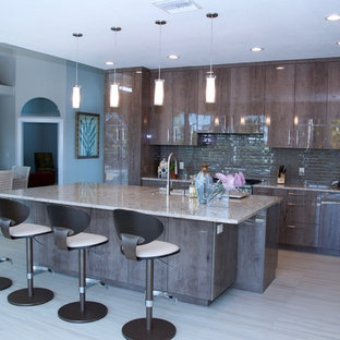 Contemporary Kitchen & Bathroom in Hobe Sound