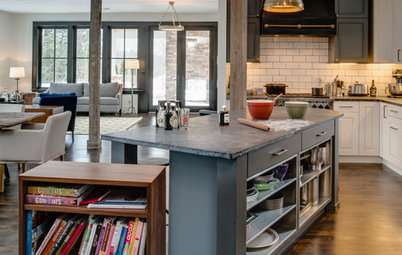 Kitchen of the Week: Working the Angles for Sophistication in Michigan