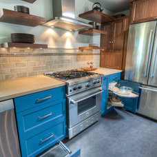 Contemporary Kitchen by brio interior design
