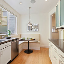 Contemporary Kitchen by Cairn Construction Inc.