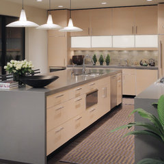 modern kitchen by Carson Poetzl, Inc.