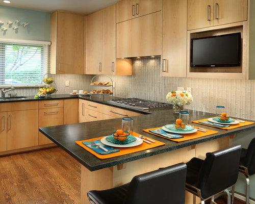 Natural Wood Flooring Kitchen Design Ideas, Remodels & Photos with Glass Tile Backsplash and ...