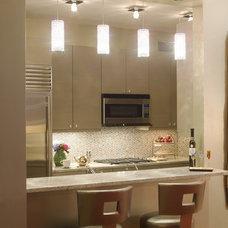 Contemporary Kitchen by Deb Reinhart Interior Design Group, Inc.