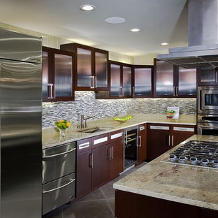 Example Of A Small Trendy L Shaped Porcelain Floor And Brown Floor Open  Concept Kitchen