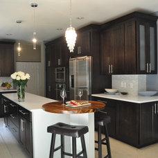 Contemporary Kitchen by SKD STUDIOS