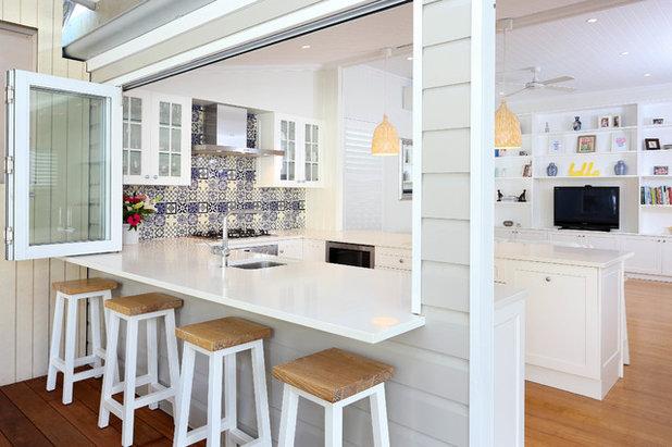 Contemporary Kitchen by Divine Renovations Pty Ltd.