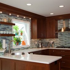 Contemporary Kitchen by Dream Kitchens, Inc.