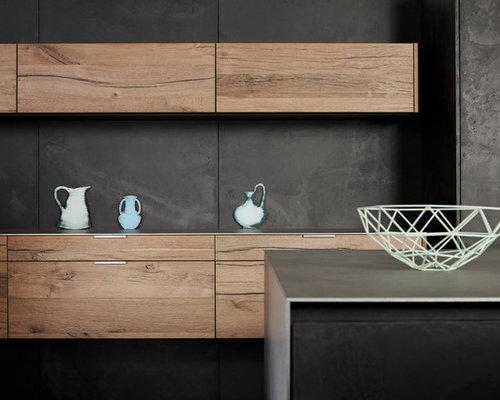 k chen mit r ckwand aus zementfliesen und edelstahl arbeitsplatte ideen design bilder houzz. Black Bedroom Furniture Sets. Home Design Ideas