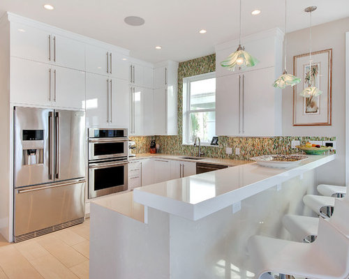 Trendy U Shaped Open Concept Kitchen Photo In Other With An Undermount  Sink, Flat