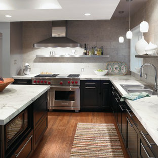 Inspiration For A Contemporary Kitchen Remodel In Cincinnati With Stainless  Steel Appliances And Laminate Countertops