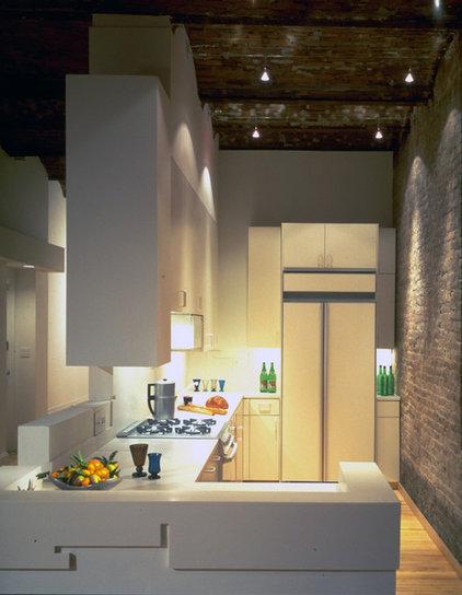 Contemporary Kitchen by George Ranalli Architect