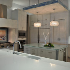 Contemporary Kitchen by Hensley Premier Builders