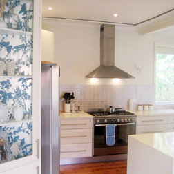 Wallpaper in the Kitchen: Is It a No or a Go? »