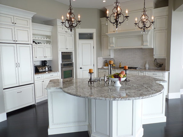 Contemporary Kitchen by Steve Manning/Kekuli Bay Cabinetry