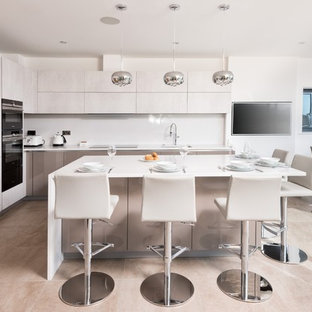 Contemporary Kitchen in Cotswold's Holiday Home