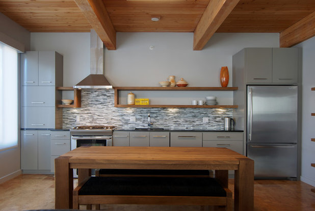 A single wall kitchen may be the single best choice for Kitchen units on one wall