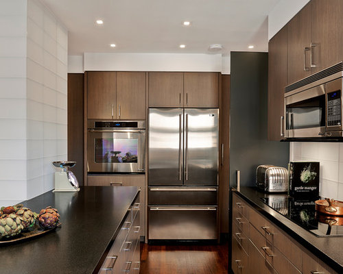 medium wood brown kitchen cherry kitchen cabinets with granite countertops1jpg 800 saveemail. beautiful ideas. Home Design Ideas