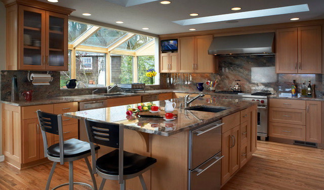 Contemporary Kitchen by Kraft Custom Construction